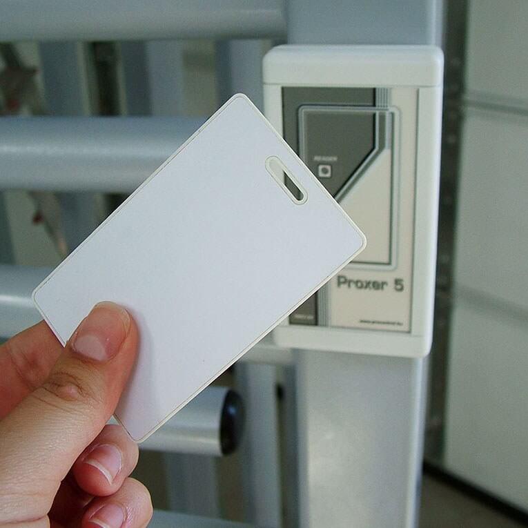 Voice Recorder Colibri-SD in an Access card